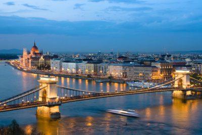 Budapest-Night-Cityscape--3